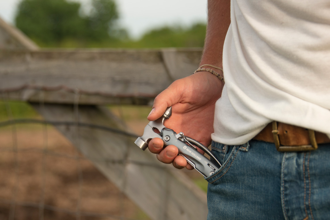 Pocket Tool New Holland Apparel